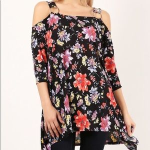 Tops - Floral and black tunic. NWOT